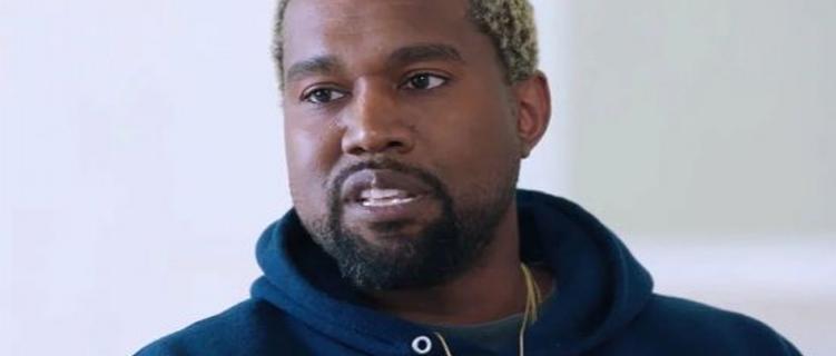 """Kanye West não consegue tirar a trilha de """"O Rei do Show"""" do topo da parada britânica"""