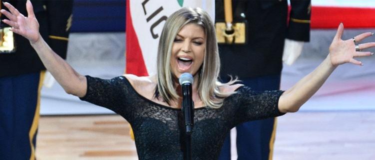 Fergie resolveu se pronunciar sobre a apresentação do hino americano