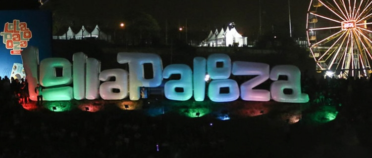 UNE processa Lollapalooza por lei da meia entrada