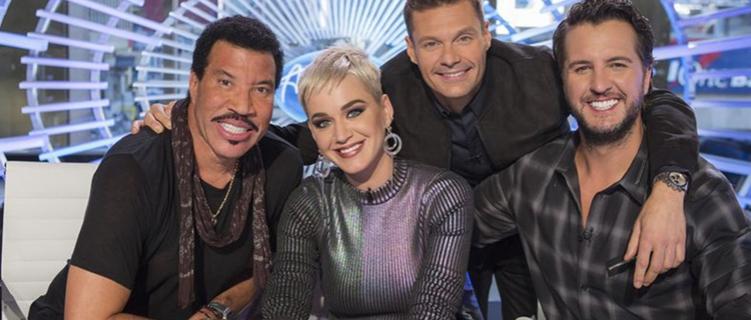 """""""American Idol"""" vai ganhar mais uma temporada, e Katy Perry continu"""