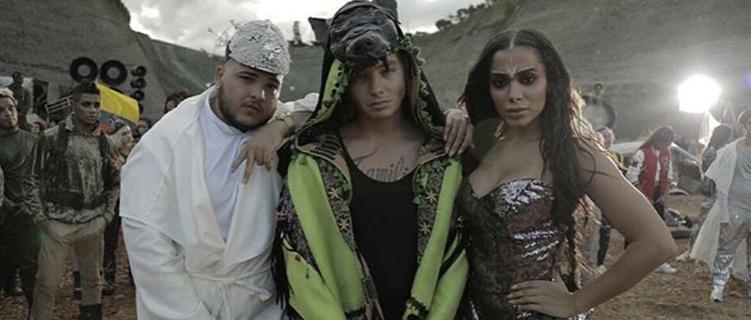 """Parceria de J Balvin com Anitta, """"Machika"""", ganha data de lançamento"""
