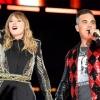 """Taylor Swift canta """"Angels"""" ao lado de Robbie Williams em Londres"""