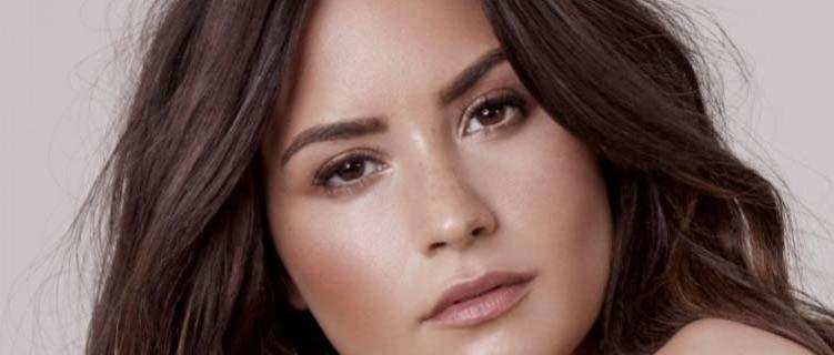 Demi Lovato massacra propaganda de game que apareceu em seu Instagram e rede social tira campanha do ar