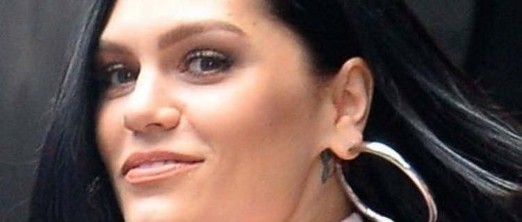 """Jessie J passa """"por imprevistos pesados"""" e anuncia que dará uma pausa nas redes sociais"""
