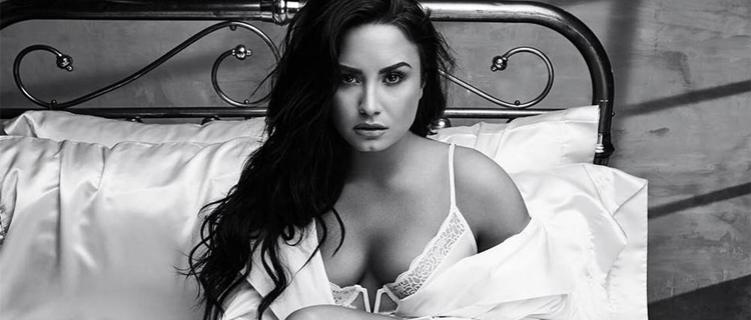 Demi Lovato adia show por problema nas cordas vocais